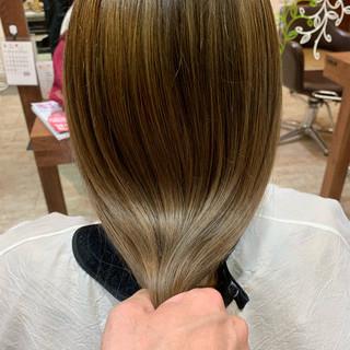 ロング バレイヤージュ 極細ハイライト 外国人風カラー ヘアスタイルや髪型の写真・画像