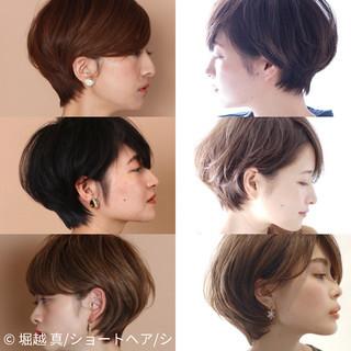 大人ショート ナチュラル ショート マッシュショート ヘアスタイルや髪型の写真・画像