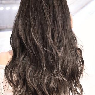 バレイヤージュ グラデーションカラー ハイライト 外国人風カラー ヘアスタイルや髪型の写真・画像