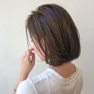 ボブヘアー ナチュラル レイヤーボブ まとまるボブ ヘアスタイルや髪型の写真・画像