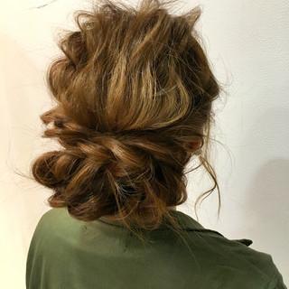 アッシュ 波ウェーブ ショート ゆるふわ ヘアスタイルや髪型の写真・画像