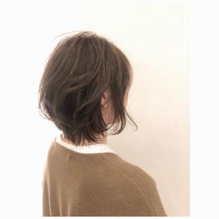外ハネ こなれ感 大人女子 ボブ ヘアスタイルや髪型の写真・画像