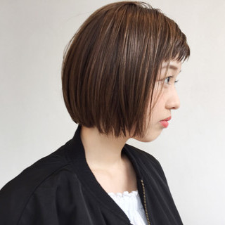 切りっぱなし ハイライト ボブ フェミニン ヘアスタイルや髪型の写真・画像