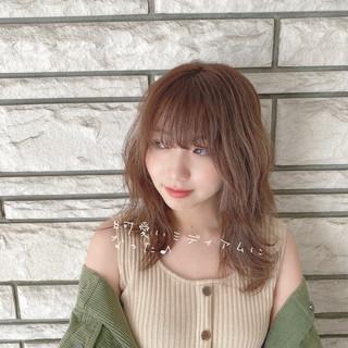 小顔 ミディアム 可愛い ナチュラル ヘアスタイルや髪型の写真・画像