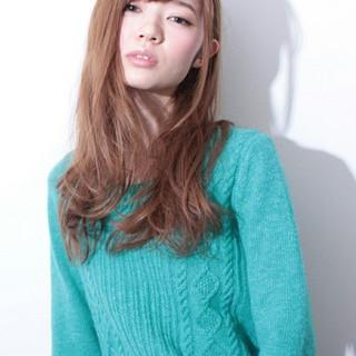 パーマ レイヤーカット 外国人風 ロング ヘアスタイルや髪型の写真・画像