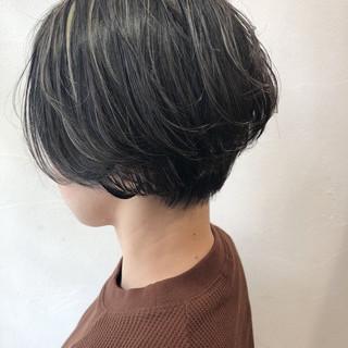 透明感 モード ハイライト 外国人風 ヘアスタイルや髪型の写真・画像 ヘアスタイルや髪型の写真・画像