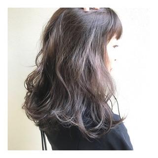大人ハイライト ハイライト 波ウェーブ ナチュラル ヘアスタイルや髪型の写真・画像