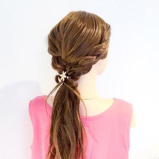 ヘアアレンジ 簡単ヘアアレンジ ロング 上品 ヘアスタイルや髪型の写真・画像 ヘアスタイルや髪型の写真・画像