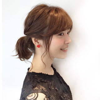 ナチュラル 簡単ヘアアレンジ ヘアアレンジ フリンジバング ヘアスタイルや髪型の写真・画像 ヘアスタイルや髪型の写真・画像