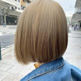 ホワイトブリーチ モード ボブ ミニボブ ヘアスタイルや髪型の写真・画像