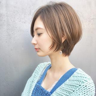 ショート アウトドア パーマ ナチュラル ヘアスタイルや髪型の写真・画像 ヘアスタイルや髪型の写真・画像