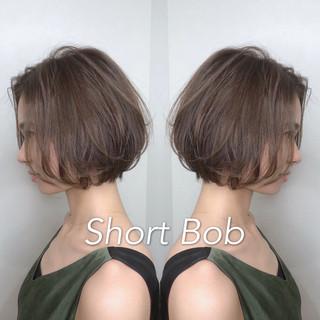 ナチュラル 小顔ショート ハンサムショート ショート ヘアスタイルや髪型の写真・画像