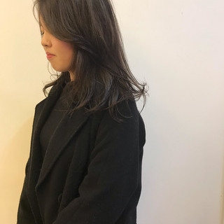デート オフィス アンニュイほつれヘア ハイライト ヘアスタイルや髪型の写真・画像