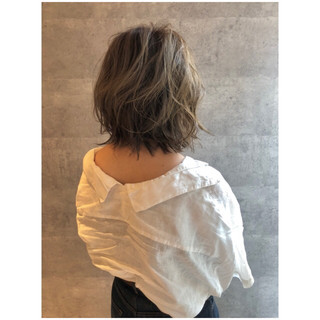 ミディアム 大人女子 ボブ 3Dカラー ヘアスタイルや髪型の写真・画像