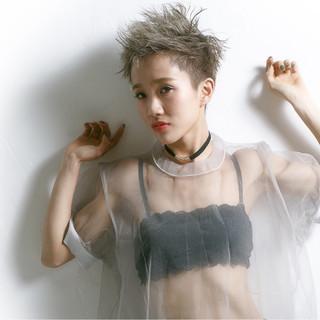 外国人風 モード ショート アッシュ ヘアスタイルや髪型の写真・画像