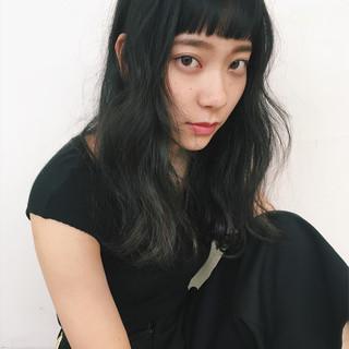 アンニュイ ウェーブ ナチュラル ロング ヘアスタイルや髪型の写真・画像