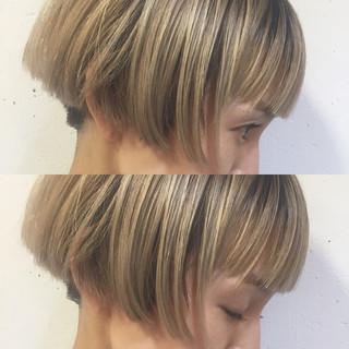 ボブ ハイライト グラデーションカラー 前髪あり ヘアスタイルや髪型の写真・画像 ヘアスタイルや髪型の写真・画像