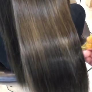 外国人風カラー ナチュラル 簡単ヘアアレンジ ヘアアレンジ ヘアスタイルや髪型の写真・画像