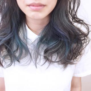 ハイトーン セミロング モード 大人かわいい ヘアスタイルや髪型の写真・画像