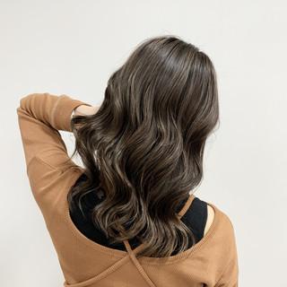 ハイライト ミディアム 大人ハイライト ヘアカラー ヘアスタイルや髪型の写真・画像