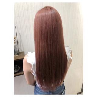 ピンク 大人かわいい フェミニン アッシュ ヘアスタイルや髪型の写真・画像