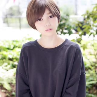 ショート 大人かわいい アッシュ 外国人風 ヘアスタイルや髪型の写真・画像