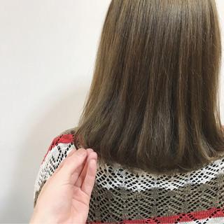 ミルクティーベージュ ダブルカラー ミルクティー ストリート ヘアスタイルや髪型の写真・画像