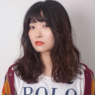 ナチュラル デジタルパーマ セミロング オルチャン ヘアスタイルや髪型の写真・画像