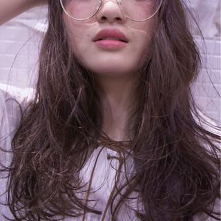 パーマ シースルーバング ゆるふわ ピュア ヘアスタイルや髪型の写真・画像