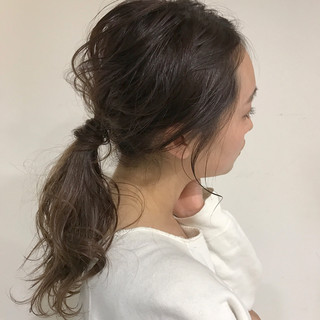 ミディアム ミルクティー ナチュラル ヘアアレンジ ヘアスタイルや髪型の写真・画像 ヘアスタイルや髪型の写真・画像