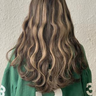 外国人風カラー エクステ グラデーションカラー ストリート ヘアスタイルや髪型の写真・画像