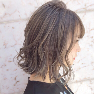 アンニュイほつれヘア オフィス デート ナチュラル ヘアスタイルや髪型の写真・画像 ヘアスタイルや髪型の写真・画像