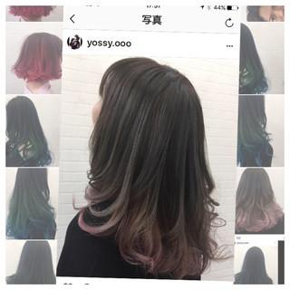 インナーカラー ヘアアレンジ ミディアム デート ヘアスタイルや髪型の写真・画像 ヘアスタイルや髪型の写真・画像