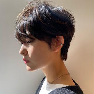マッシュショート ショートヘア ショートボブ ナチュラル ヘアスタイルや髪型の写真・画像