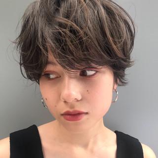 デート アウトドア ナチュラル オフィス ヘアスタイルや髪型の写真・画像