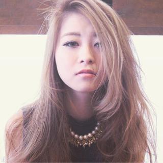 ゆるふわ エレガント 大人かわいい ハイトーン ヘアスタイルや髪型の写真・画像