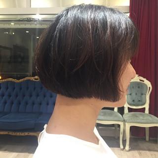暗髪 ワイドバング ショート ナチュラル ヘアスタイルや髪型の写真・画像