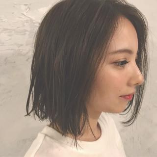 外国人風 黒髪 ナチュラル アッシュ ヘアスタイルや髪型の写真・画像 ヘアスタイルや髪型の写真・画像