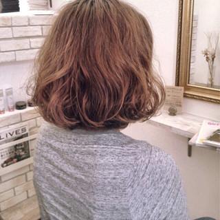 ハイライト パーマ 外国人風 エアリー ヘアスタイルや髪型の写真・画像