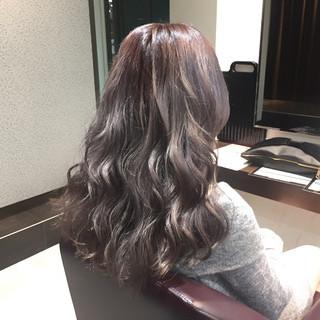 ワイドバング グラデーションカラー セミロング ピンク ヘアスタイルや髪型の写真・画像