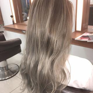 バレイヤージュ 外国人風 エレガント 上品 ヘアスタイルや髪型の写真・画像