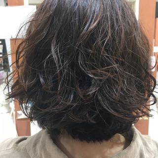 ナチュラル ルーズ アンニュイ ボブ ヘアスタイルや髪型の写真・画像 ヘアスタイルや髪型の写真・画像