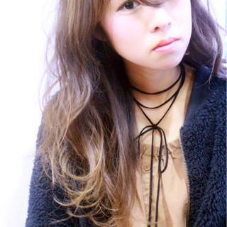 ゆるふわ 小顔 ロング 大人女子 ヘアスタイルや髪型の写真・画像