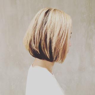 外国人風 ダブルカラー アッシュ ストリート ヘアスタイルや髪型の写真・画像