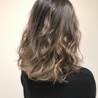 ボブ グラデーションカラー 上品 エレガント ヘアスタイルや髪型の写真・画像