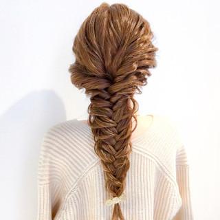 ヘアアレンジ 簡単ヘアアレンジ 謝恩会 フェミニン ヘアスタイルや髪型の写真・画像