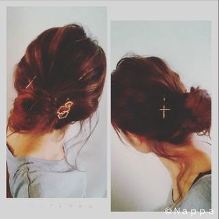 ヘアピン ショート ママ シニヨン ヘアスタイルや髪型の写真・画像