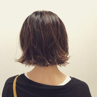 ボブ ウェットヘア 色気 外ハネ ヘアスタイルや髪型の写真・画像