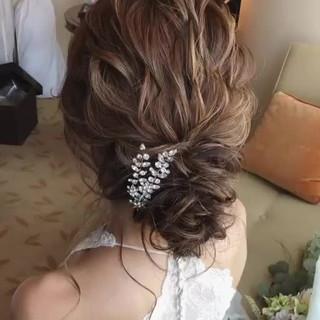 ゆるふわ ナチュラル ヘアアレンジ 結婚式 ヘアスタイルや髪型の写真・画像