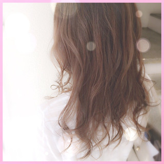 フェミニン ハイライト グラデーションカラー 大人かわいい ヘアスタイルや髪型の写真・画像